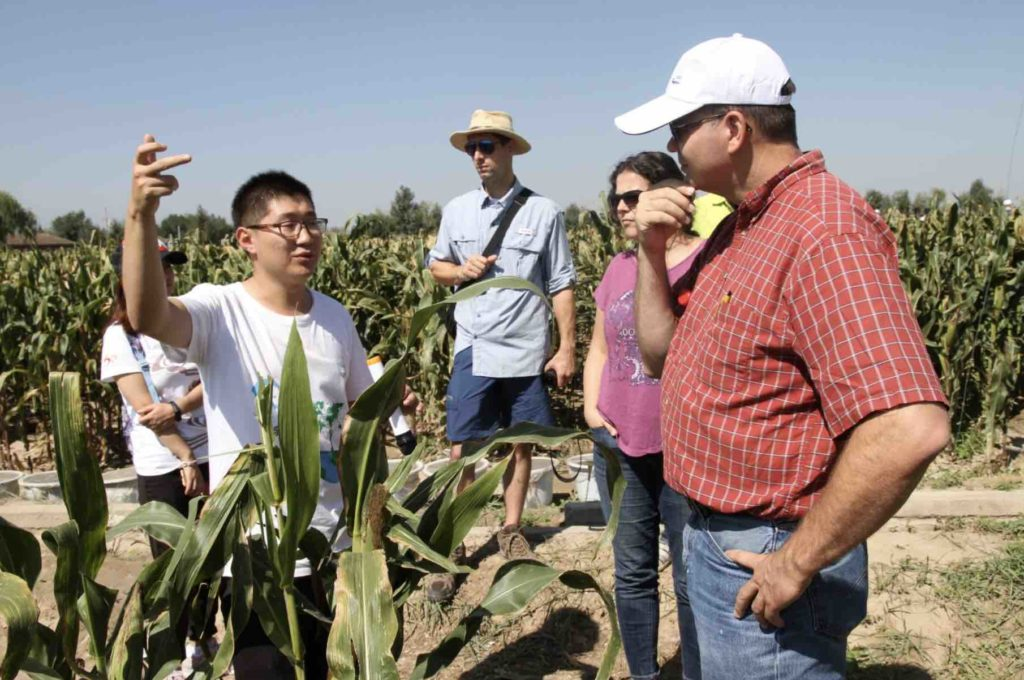 Interdisciplinary Science Communication Experiences in China